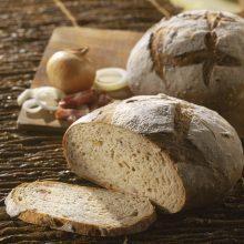 Pain aux lardons et oignons