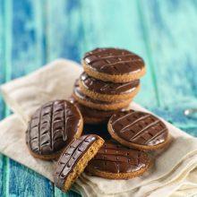 Biscuits complets nappés de chocolat